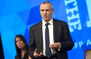 Rory Percival speaking at an industry conference